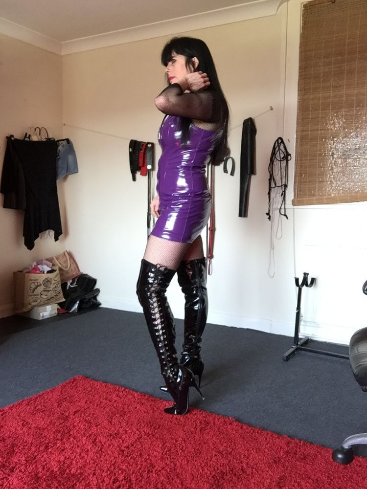 Photo von MISTRESS BLACK