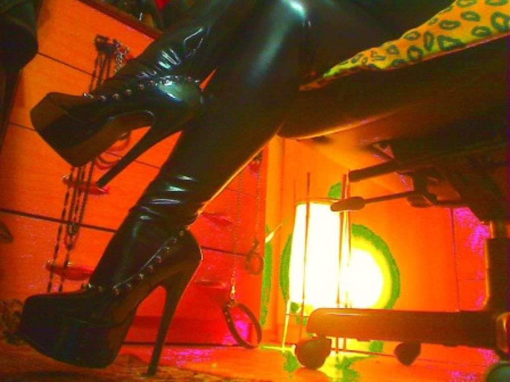 Photo von MISTRESS ETERNAME