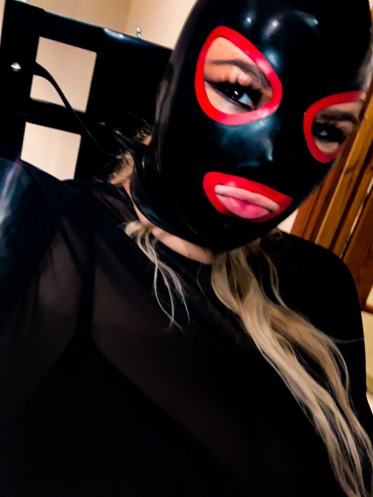 Photo from  MISTRESS ROYALE