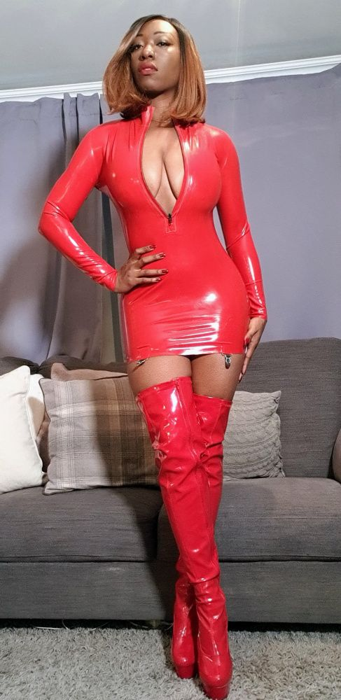 Photo from  EBONATRIX MISS FOXX