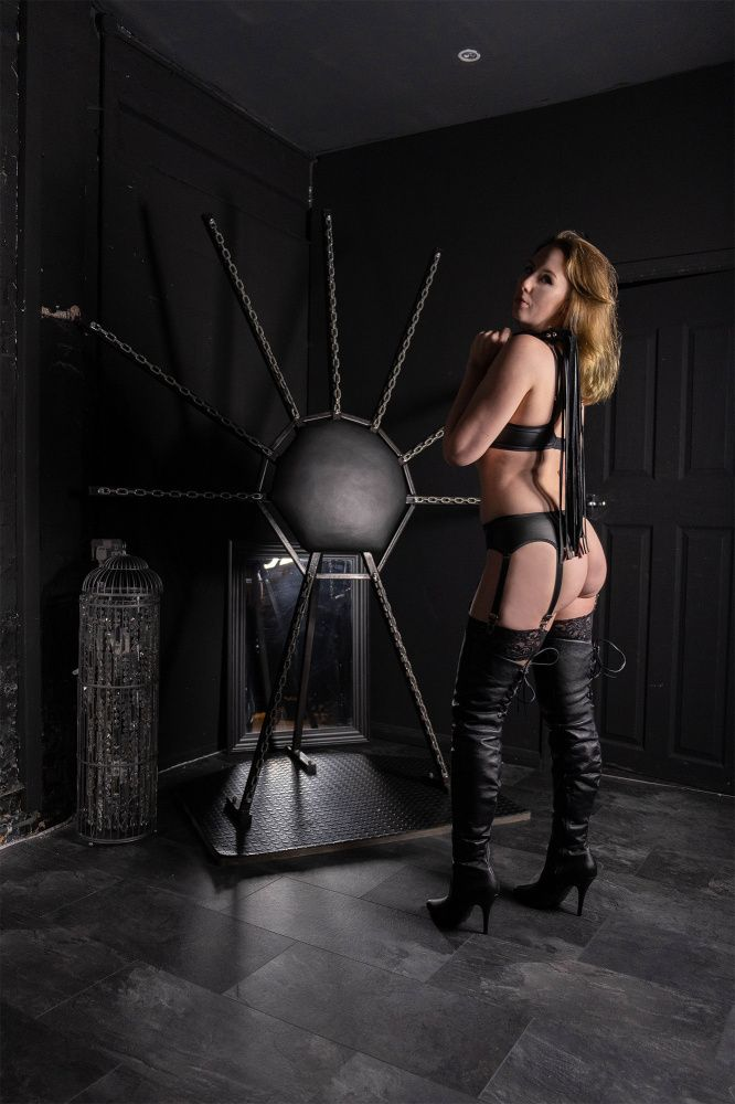 Photo from  MISTRESS SKY