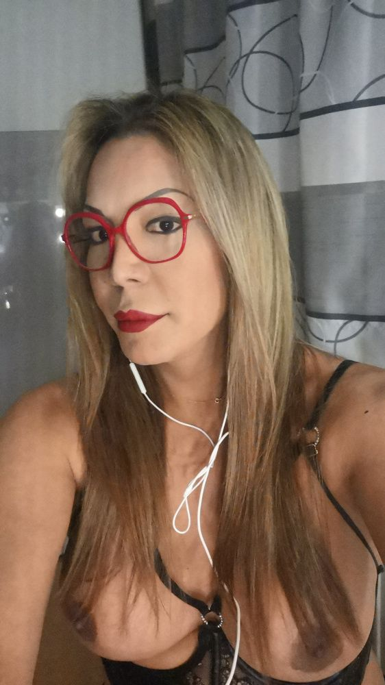 Photo from  LADY TRANS ROBERTA